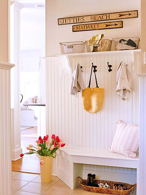 Hooks-in-a-mudroom