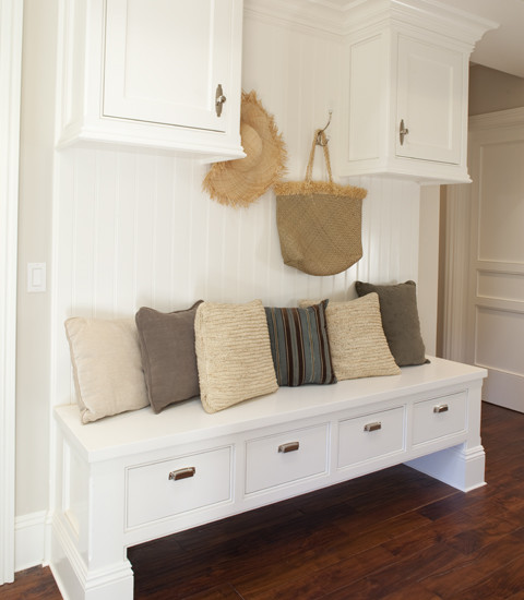 bench-in-a-mudroom