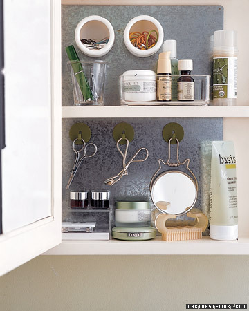 galvanized-magnetic-vanity-backing
