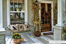 Photo courtesy of Antiquenehomes.blogspot.com