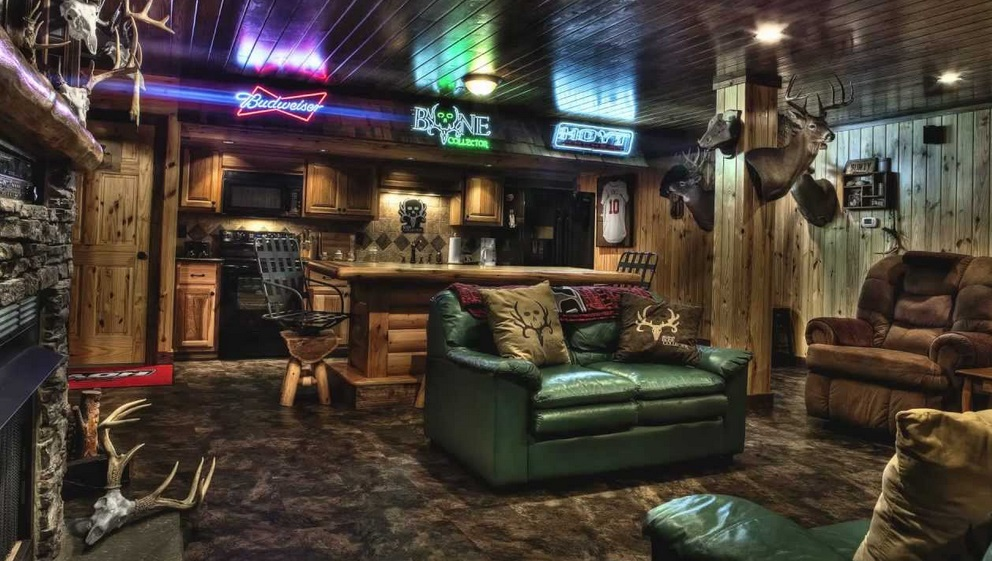 Hunting Themed Man Cave Accessories : Man caves — dedicating space to dad