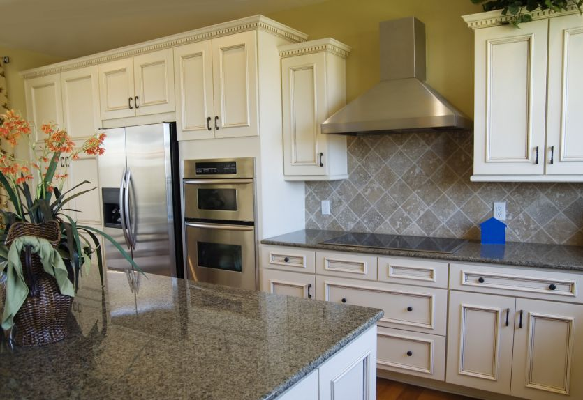 6 Ideas For A Family Friendly Kitchen