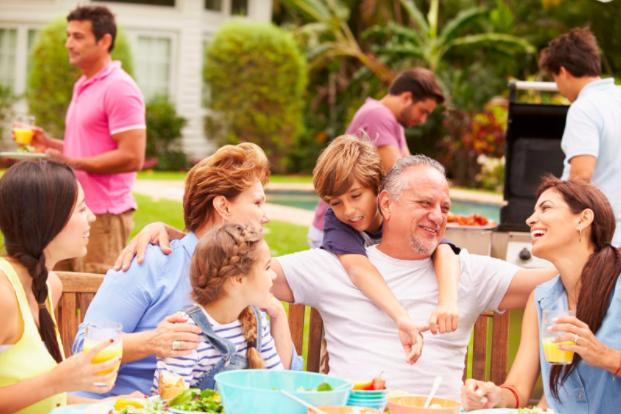 Backyard Entertaining Tips
