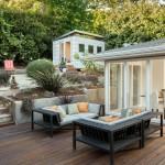 Stylish Summer Backyard